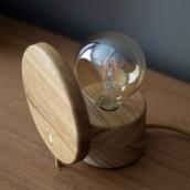 Luminária Eclipse. Un projet de Design , Fabrication de meubles, Conception d'éclairage, Conception de produits , et Charpenterie de Danillo Faria - 13.08.2017
