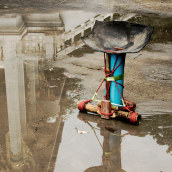 Banfai Temple Stool. Un progetto di Artigianato, Belle arti, Design di mobili, Design industriale, Design di gioielli, Upc , e cling di Lucas Muñoz - 23.05.2021