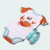 Miss Crab   Baby Summer Clothes. Um projeto de Ilustração, Design de moda, Ilustração têxtil e Ilustração infantil de Magimo Studio - 15.06.2021