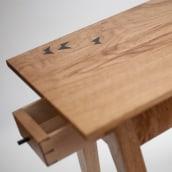 """Mesa auxiliar """"butterflies"""". Un projet de Artisanat, Fabrication de meubles, Design d'intérieur, Créativité , et Charpenterie de Israel Martín - 28.06.2021"""