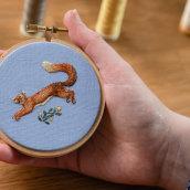 My project in Freehand Needle Painting: Embroider the Beauty of Wildlife course. Un proyecto de Ilustración, Bordado e Ilustración textil de Chloe Giordano - 14.07.2021