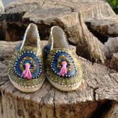 Mi Proyecto del curso: Diseño y confección de alpargatas. Un projet de Création d'accessoires, Artisanat, Mode, Conception de chaussures , et Tissage de Elena Rodríguez Fajardo - 30.08.2021