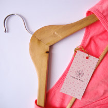 Pink Magnolia. Firma de moda.. Un proyecto de Br, ing e Identidad y Pattern Design de Christian Leyva - 14.01.2018