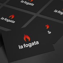 La Fogata: Identidad corporativa bi y tridimensional. A Design, 3D, Editorial Design, Graphic Design, Photo retouching, and Vector Illustration project by Carlos Blanco González - 02.25.2018
