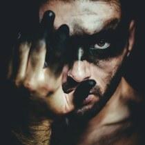 Dark soul. Un projet de Photographie, Retouche photographique, Créativité, Photographie de portrait , et Photographie de studio de Manu Toscano - 24.08.2018