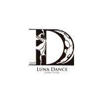 Mi proyecto: Luna Dance, Zumba Studio. Um projeto de Design gráfico de Jesús Méndez - 02.07.2019