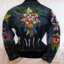 Mi Proyecto del curso: Diseño de moda: pintura y bordado sobre prendas. Um projeto de Design de moda de jackvilla159 - 23.05.2020