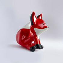 Fox Art Toy. Un projet de Character Design, Artisanat, Sculpture, Conception de jouets , et Art to de oteon - 18.07.2020
