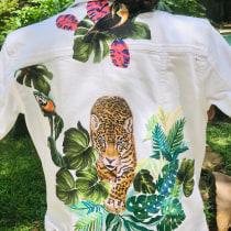Mi Proyecto del curso: Diseño de moda: pintura y bordado sobre prendas. Um projeto de Bordado e Pintura Acrílica de Lelia Morfin - 27.07.2020