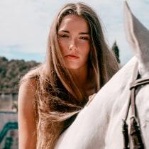 Mi Proyecto del curso: Fotografía editorial de moda paso a paso. A Werbefotografie project by IRENE ARANGO - 12.11.2020