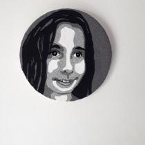 Mi Proyecto del curso:  Bordado con punch needle: pasa de la imagen al retrato. Um projeto de Ilustração de retrato e Bordado de Verónica Andrea Busto - 11.05.2021