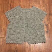 Mi Proyecto del curso:  Top-down: prendas a crochet de una sola pieza. Un projet de Mode, St, lisme, Tissage, DIY , et Crochet de Alejandra Cuadros - 19.05.2021