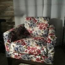 Meu projeto do curso: Restauração e estofamento de cadeiras. Un proyecto de Artesanía, Diseño de muebles, Diseño de interiores, DIY, Carpintería, Upc y cling de Josias Ferreira Neto - 29.05.2021