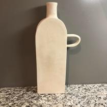 My project in Creating Your First Ceramic Vessel course. Un proyecto de Diseño de complementos, Artesanía y Cerámica de Cheryl Hanson - 08.04.2021