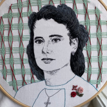 My project in Creation of Embroidered Portraits course. A Portrait illustration, Embroider, and Textile illustration project by laurencampos - 06.24.2021