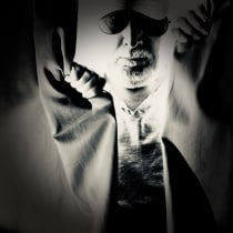 My project in Hybrid Photography for Creative Experimentation course. A Fotografie, Fotoretuschierung, Artistische Fotografie, Analogfotografie und Fotografisches Selbstporträt project by Bill Avergo - 02.07.2021