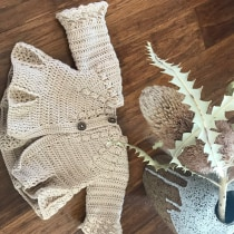 My project in Knitting for Children's Garments course. A Fashion, Fashion Design, Fiber Arts, DIY, and Crochet project by Elizabeth Fernance - 09.09.2021