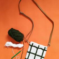 Crochet Pattern Design (Molla Mills+Marimekko inspired). Un progetto di Design di accessori, Moda, Design Pattern, Tessuto, DIY , e Uncinetto di zenja - 04.10.2021
