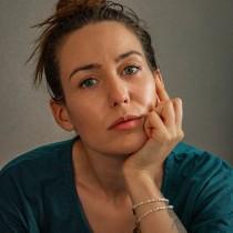 Meu projeto do curso: Direção de pessoas para sessão fotográfica. A Photograph, Portrait photograph, and Photographic Lighting project by Carolina Gaspar - 10.09.2021