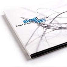 Packaging 'Angel Eyes'. Um projeto de Design e Fotografia de Estudio Menta - 25.03.2010