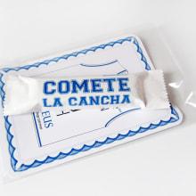Cómete la cancha. Un proyecto de Diseño, Fotografía y Publicidad de Alejandro Mazuelas Kamiruaga - 11.11.2011