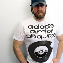 apao. Un proyecto de Diseño y Publicidad de Alejandro Mazuelas Kamiruaga - 12.07.2012