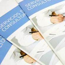 Folletos Corporativos. Un proyecto de  de Silvia Iglesias - 20.11.2012