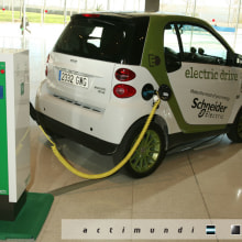 Schneider Electric - EcoStruxure. Un proyecto de Diseño, Publicidad, Instalaciones, Fotografía, Cine, vídeo, televisión y UI / UX de Actimundi - Agencia de Marketing y Comunicación - 07.01.2013