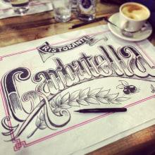 Rotulo a tinta en un mantel. Un proyecto de Ilustración, Tipografía y Escritura de Hugo Tobío - 13.03.2014