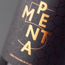 Penta. Um projeto de Packaging de Estudio Menta - 06.07.2014