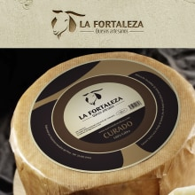BRANDING Y PACKAGING - La Fortaleza. A Design, Br, ing, Identit, Graphic Design, and Packaging project by Concepción Domingo Ragel - 02.17.2015