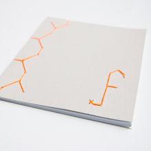 Bookbinding. A Design project by Fábrica de Texturas - 03.08.2015