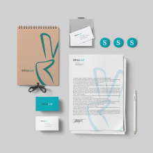 Silvia Leal. Um projeto de Br, ing e Identidade e Design gráfico de Xana Morales - 15.09.2015