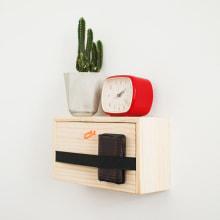 Estante de pared minimalista. Um projeto de Design de acessórios, Artesanato, Design de móveis e Design de produtos de Oitenta - 14.06.2016