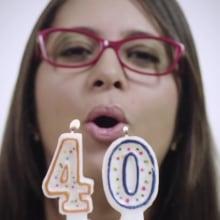 Comercial Óptica Caroní - 40 Aniversario. Un proyecto de Publicidad, Postproducción, Vídeo y Televisión de Luis Rafael Betancourt - 02.08.2016