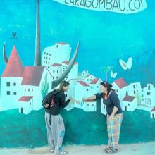 MURAL AL PARQUE INFANTIL, EN LAS CASAS DE ALCANAR (TARRAGONA). Un proyecto de Ilustración, Diseño de personajes, Bellas Artes, Pintura y Arte urbano de Lara Gombau - 14.10.2016