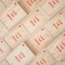 50 EXCLUSIVE ADOBE KITS. Un proyecto de Diseño, Fotografía, Diseño editorial, Diseño gráfico, Diseño industrial y Diseño de producto de María García - 03.03.2017