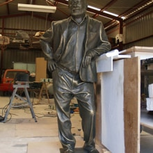 Ernest Hemingway.. A Sculpture project by Rafa Zabala - 05.13.2017