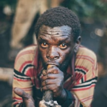 VICE NEWS · Forced Out of the Forest: The Lost Tribe of Uganda. A Photograph, Video, and TV project by Tomás Benito - 06.02.2015