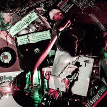 La vida de la música electrónica. Un proyecto de Diseño, Música, Audio, Fotografía, Dirección de arte, Consultoría creativa, Bellas Artes, Postproducción y Producción de Corina López De Sousa - 17.07.2017