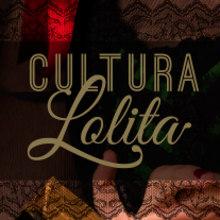 CULTURA LOLITA · Photography Exhibition Catalogue. Un proyecto de Diseño, Diseño editorial y Diseño gráfico de Mapy D.H. - 01.02.2016
