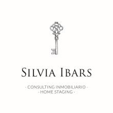 Imagen corporativa, tarjetas y web Silvia Ibars Consulting Inmobiliario. Un proyecto de Br, ing e Identidad, Diseño gráfico y Diseño Web de Tamara Jiménez Miguel - 03.05.2017
