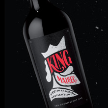 King Malbec :: Bodegas Norton Argentina. A Illustration, Lettering, and Packaging project by Diego Giaccone - 01.24.2018