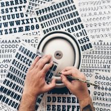 Sympathy Collaboration - Hectormerienda x Closca. Un progetto di Arte urbana, Graphic Design , e Fotografia di Héctor Merienda - 26.09.2017