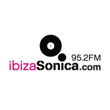 Ibiza Sonica (Social Media Manager - Web Project Manager). Un projet de UI / UX, Br, ing et identité, Événements, Marketing, Web Design, Développement web, Cop, writing, Réseaux Sociaux , et Marketing digital de David Díaz Martín - 11.08.2014
