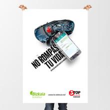 Contra la violencia vial. Um projeto de Publicidade, Design gráfico e Criatividade de Marilu Rodriguez Vita - 26.02.2019