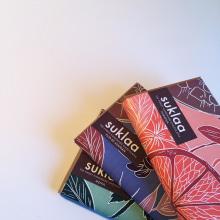 Packaging chocolate. Un proyecto de Diseño, Ilustración, Packaging, Diseño de producto e Ilustración digital de Daniela Salazar - 25.02.2019