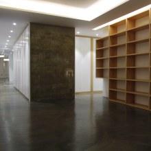 Reforma de oficina para vivienda y estudio de grabación musical en Gijón. Un proyecto de Diseño, Arquitectura, Diseño de muebles, Arquitectura interior, Diseño de interiores y Diseño de producto de Alejandro Mazuelas Kamiruaga - 05.01.2016