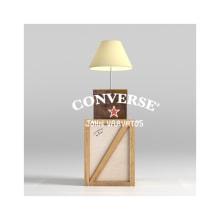 Converse x John Varvatos. Un proyecto de Diseño de producto y Packaging de Levulevú - 25.06.2019