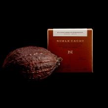 Noble Cacao. Um projeto de Direção de arte, Br, ing e Identidade e Packaging de Menta Branding - 10.10.2018